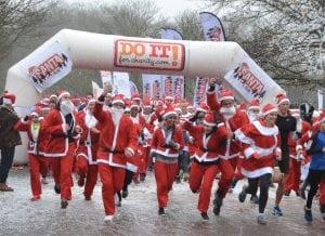 do it santa run 300x218 Santa Run